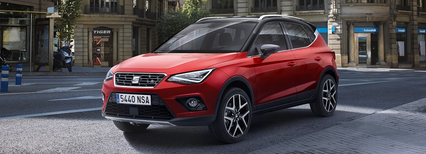 SEAT Arona in red