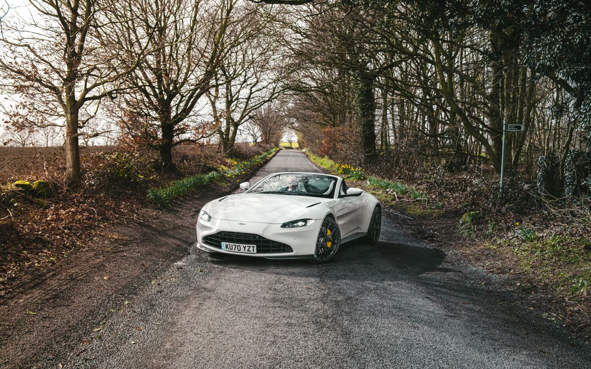 5 things you'll love about... the Aston Martin Vantage Roadster